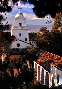 Mission Santa Barbara, became the first mission founded by Father Fermin Lasuen on December 4, 1786 after the death of Father Junipero Serra.