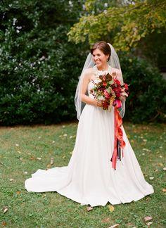 beautiful fall bride | Jen Fariello #wedding