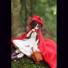 """""""#azonejp #azonedoll #azone #azoneinternational #azone_be_accessorized #pureneemo #littleredridinghood #littleredriddinghood #redridinghood"""""""