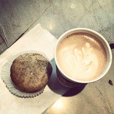 """""""Breakfast in Seattle #breakfast #vovito #tuxedomocha #seattle #springbreak"""" - Alexa, via Instagram"""