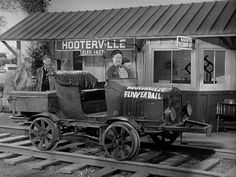 Model T Ford Forum: Old Photo - The Hooterville Flivverball
