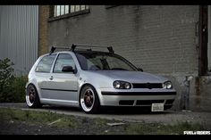 vw-golf-mk4-silver-purple1.jpg (800×533)