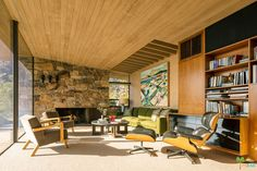 Edris House by E Stewart Williams, one of the best examples of desert mid century living. Built in 1954, listed on the National Register of Historic Places