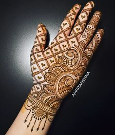 Simple and easy Arabic mehndi Designs for hands - Bridal henna designs - Hand Henna Designs Full Hand Mehndi Designs, Simple Arabic Mehndi Designs, Henna Art Designs, Mehndi Designs For Beginners, Mehndi Designs 2018, Stylish Mehndi Designs, Mehndi Design Photos, Wedding Mehndi Designs, Mehandi Designs