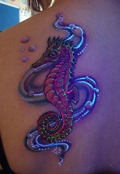 Seahorse tattoo with blacklight ink Seahorse tattoo with blacklight ...346 x 50243.1KBartetattoo.com.br