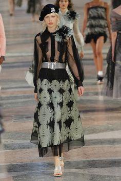 #Chanel  #fashion  #Koshchenets Chanel Resort 2017 Collection Photos - Vogue