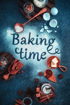 5 Creative Photos That Play With Food Typography Baking Wallpaper, Food Wallpaper, Cupcakes Wallpaper, Food Typography, Baking Quotes, Cake Quotes, Bakery Logo Design, Food Photography Tips, Cookie Time