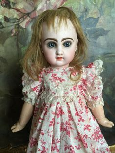 Very beautiful little BeBe Jumeau size 6 from antiquedolls6395 on Ruby Lane