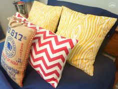 easy fast one piece ten minute envelope pillows full tutorial at thehappyhousie