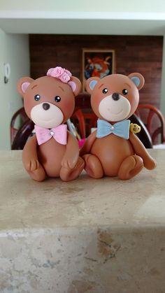 Casal de ursos. Biscuit/ polymerclay/ porcelana fria