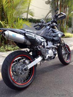 Suzuki DRZ 400 - Love riding the bike ! Suzuki Motocross, Suzuki Motorcycle, Moto Bike, Dual Sport, Drz400 Supermoto, Moto Enduro, Cafe Racer, Dirtbikes, Super Bikes