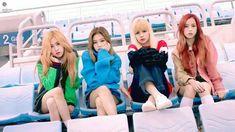 Blackpink Rose, Jennie, Lisa, and Ji Soo Kpop Girl Groups, Korean Girl Groups, Kpop Girls, Yg Entertainment, Black Pink Kpop, All Black, Forever Young, Kim Jisoo Blackpink, Mamamoo
