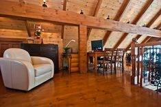 Log home loft. Cabins In The Woods, House In The Woods, Lake Cabins, Wood Cabins, Log Home Living, Log Home Decorating, Rustic Office, Energy Efficient Homes, Classic House