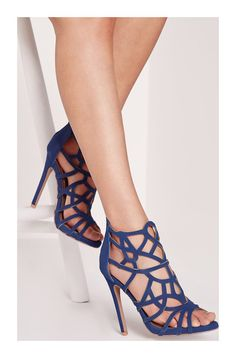 ae67e8e97ccc Échale un vistazo a estos zapatos en Stylect Bottes Femme Talon
