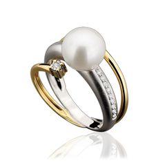 Anel de Ouro Branco e Amarelo com Diamantes e Pérola
