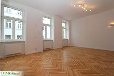 #Wohnung mit hochwertiger Ausstattung und Verarbeitung bei der Sanierung Tile Floor, Garage Doors, Flooring, Outdoor Decor, Home Decor, Condominium, Real Estates, Projects, Homes