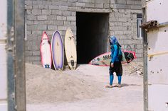 iran-surfers-tk-body-image-1458734531.jpg (1200×800)