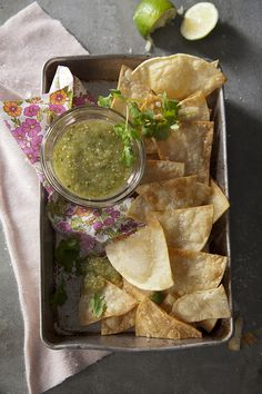 How To: Making Salsa Verde   (Recipe by Libbie Summers as inspired by Pati Jinich. Photography by Chia Chong)