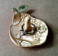 Ceramic Pear Ring Holder Dish