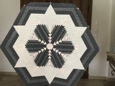 Quilts, Blanket, Boutique, Rugs, Photos, Home Decor, Scrappy Quilts, Farmhouse Rugs, Blankets