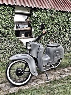 In gray with whitewall tires and black spokes - Simson/MZ - Auto Retro Scooter, Retro Bike, Simson Motor, Vespa, Vintage Moped, Riders On The Storm, Veteran Car, Motosport, Scrambler Motorcycle