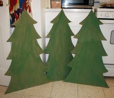 Filth Wizardry: Cardboard Christmas trees--have Joey decorate his own paint, markers, stickers, etc. Cardboard Tree, Cardboard Christmas Tree, Christmas Trees For Kids, Christmas Tree Painting, Christmas Activities, Christmas Projects, All Things Christmas, Christmas Tree Decorations, Christmas Holidays