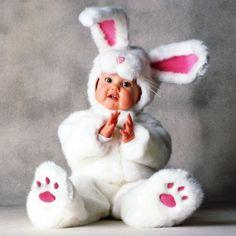 #BabyCosas | Lo único más tierno que un conejito, es tu pequeño bebé disfrazado de conejito. ¿Tienes fotos de tu hijo disfrazado de algo?