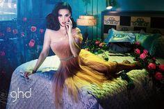 Dave LaChapelle Darsteller Katy Perry, für die Werbe-Kampagne von GHD Haarglätter und Lockenwickler eingeführt. In den 1940er und 1950er Jahren,GHDHaarglätter/Lockenwickler geschaffen für die Idee des vintage-Haar-curling. Für viele Menschen ist der Meinung GHD Haarglätter/Lockenstab ist nicht...