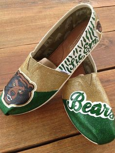 Baylor Bears custom painted TOMS