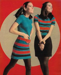 Retro Fashion November 'The Hand-Knit-Trick-Dress: it's. - Just Seventeen - 60s And 70s Fashion, Mod Fashion, Teen Fashion, Vintage Fashion, Fashion Vest, Gothic Fashion, 1970 Style, Style Année 60, Vintage Dresses