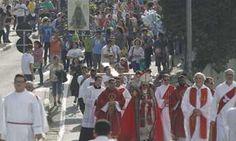 Procissão marca início das celebrações de Páscoa