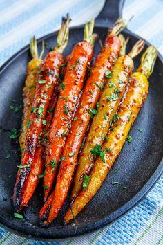 Maple Dijon Roasted Carrots Side Dish Recipes, Veggie Recipes, Vegetarian Recipes, Cooking Recipes, Healthy Recipes, Delicious Recipes, Cooking Ideas, Tasty, Cake Recipes