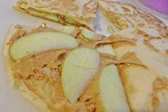 """""""Quesadilla"""" de crema de cacahuate Aladino® con rebanadas de manzana ¿alguna vez la habías imaginado así?"""