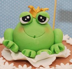 Fondant Cake Toppers, Fondant Cakes, Cupcake Cakes, Frog Cupcakes, Animal Cupcakes, Tea Party Birthday, Birthday Cake Girls, Modeling Chocolate Figures, Biscuit