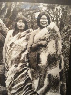 Yamana People of Tierra del Fuego Native American Photos, American Indian Art, Patagonia, Latina, Australian Aboriginals, Melbourne Museum, Sacred Mountain, The Lost World, Native Indian