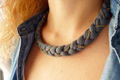 Materiales en: www.cuentaabalorios.com Collar realizado con trapillo. Cómodo, rápido y póntelo con todo!