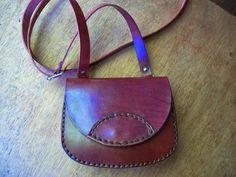 Chimango Sur: Cartera de cuero, marrón rojizo - Leather sholder bag, reddish brown