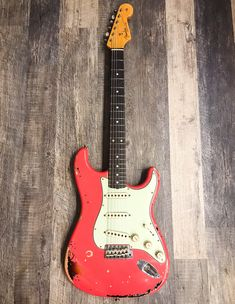 Fender Custom Shop Michael Landau 1963 Signature Stratocaster Electric Guitar Fiesta Red over Sunburst MINT Fender Relic, Fender Custom Shop Stratocaster, Stratocaster Guitar, Fender Guitars, Electric Guitars, Cool Guitar, Rock, Cool Stuff, Shopping