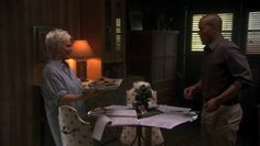 "Burn Notice 4x03 ""Made Man"" - Madeline Westen (Sharon Gless) & Jesse Porter (Coby Bell)"