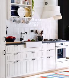What do IKEA's SEKTION kitchen line and Spanx have in common? Both can conceal things that look a little less than perfect. In the case of SEKTION, it's your appliances. Hiding those unsightly appliances has become quite the trend with our European customers. We've been including this feature in many designs. Check them out.