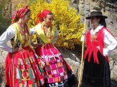 trajes tradicionais de Minho -Portugal