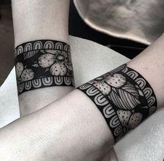 Resultado de imagen para brazaletes tattoo