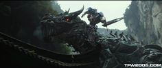 Flailing! :)  Transformers AoE Super Bowl Teaser Screen Caps - Transformers News - TFW2005