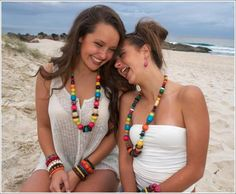 Girls at the beach with one leaf jewellery PC:Jerry Unser Photography