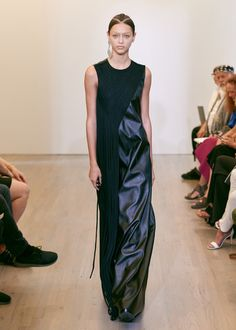 Victor Alfaro Spring 2016 Ready-to-Wear Collection - Vogue