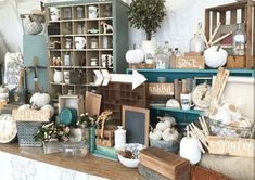Amazing farmhouse finds curated booth flea market display ideas