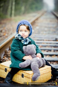 Quinoa was feeling a bit nostalgic sitting on the railroad tracks six years later with only Snuggles and retro Louis Vuitton for company. (This pic was so funny/cute- I had to do a tribute to the real Quinoa of #MIWDTD)