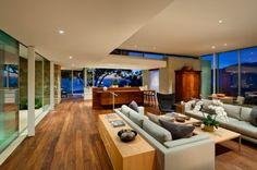 Decoracion de Interiores Calida con Ventanales