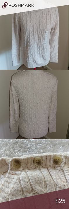 ⭐NWT⭐ Cream Sweater Stay warm & stylish this winter in this Croft & Barrow sweater. Cream color with brown & rust colored specs featuring 3 buttons on the left shoulder.  Size M 100% Cotton croft & barrow Sweaters