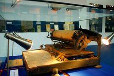 "Shu-style Chinese typewriter(舒式華文打字機)exhibited in the World Expo. at Philadelphia in 1926 (""中华与世博"" Shanghai, 2009)"